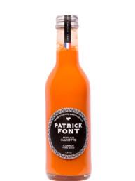 Petite bouteille de jus de carotte